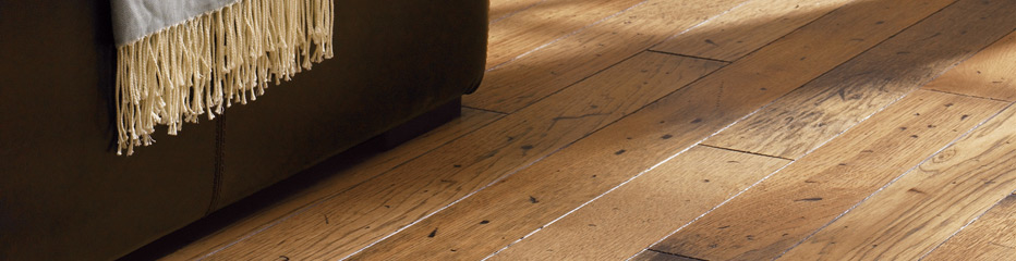 Mullican-Frontier-Distress-Hickory-Antique-Engineered-Hardwood-Floor